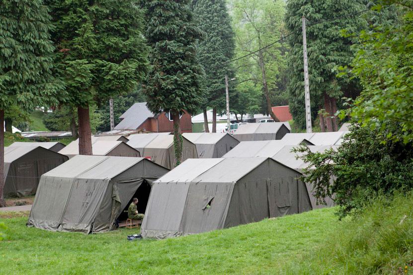 http://lux-fotografie.de/files/gimgs/th-8_15_Soldatenwallfahrt_Lourdes-1088.jpg